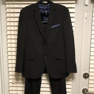 Men's Black Suit 40S 36X30